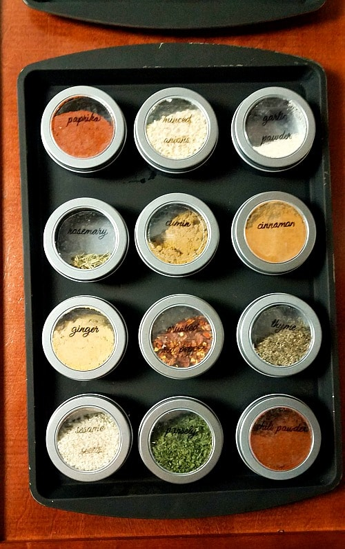 5. diy-magnetic-dollar-store-spice-rack-single-rack-hanging-min