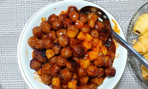 Slow Cooker Pineapple BBQ Meatballs -